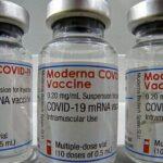 Vacuna: aprueban Moderna para adolescentes de 12 a 17 años